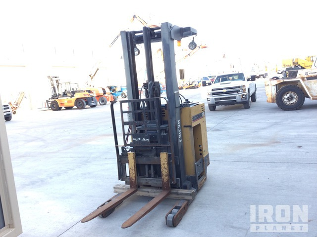 Cat NRR30 3000 lb Electric Forklift, Parts/Stationary Construction-Other