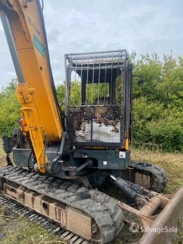2014 Hyundai R80CR-9 Track Excavator (Inoperable), Hydraulic Excavator