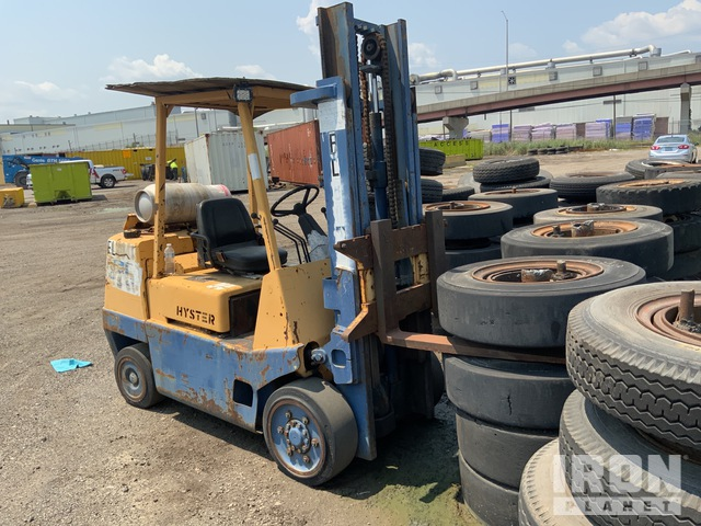 1992 (unverified) Hyster S80XL 8900 lb Cushion Tire Forklift, Parts/Stationary Construction-Other