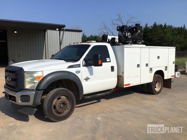 2015 Ford F-550 4x4 Service Truck w/ Crane, Service Truck