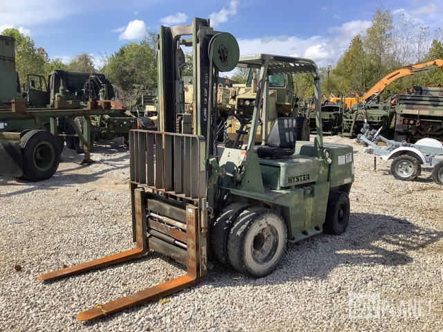 Hyster H60XLM Pneumatic Tire Forklift, Forklift