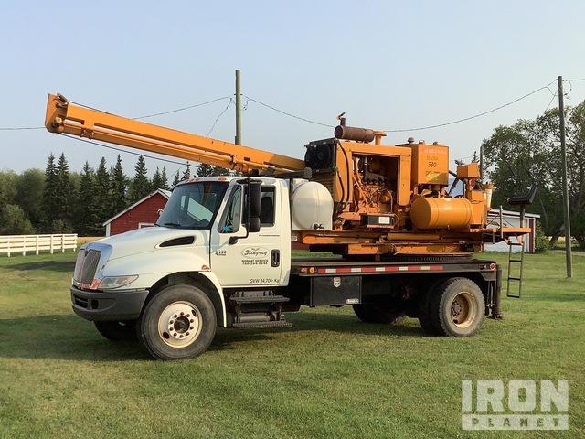 Reedrill 330 20ft on 2003 International 4300 4x2 S/A Drill Truck, Drill Truck
