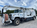 Click image for details on this Vac-Con on 1997 Ford LN8000F 4x2 Hydro-Excavation Truck