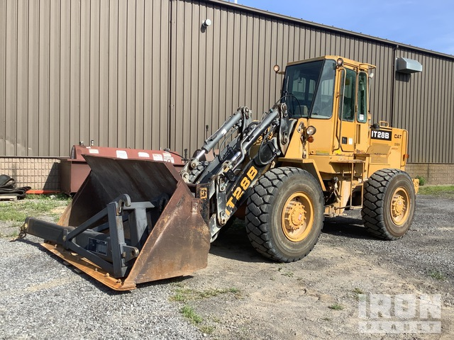 1987 Cat IT28B Tool Carrier, Integrated Tool Carrier