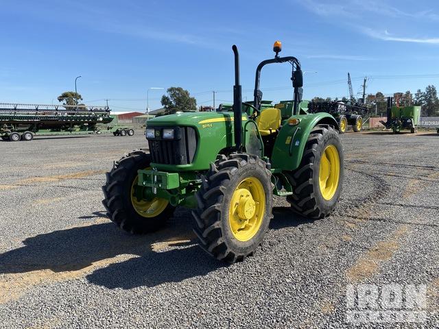 2020 John Deere 5075E 4WD Tractor, MFWD Tractor