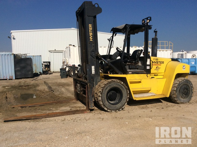 2012 Hyster H250HD2 23300 lb Pneumatic Tire Forklift, Forklift