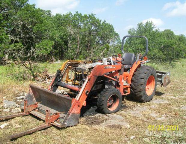 1999 (unverified) Kubota L 4310 HST 4WD Tractor, Parts/Stationary Construction-Other