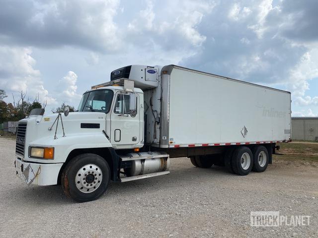 1995 Mack CH613 6x4 Refrigerated Truck, Reefer Truck