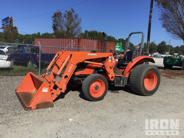 Kubota M6060D 4WD Tractor, MFWD Tractor