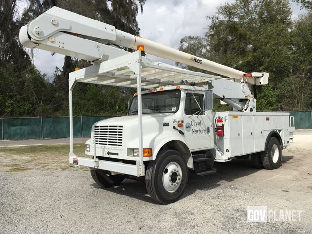 Surplus Altec AA7551 Bucket On 2001 International 4700 4x2