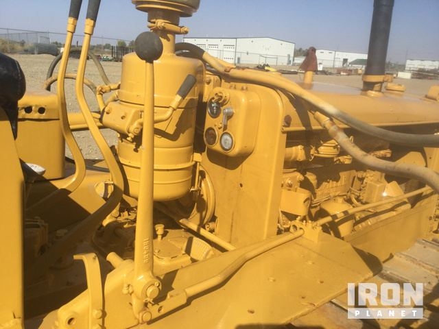 Cat D2 Crawler Dozer in Newell County No 4, Alberta, Canada