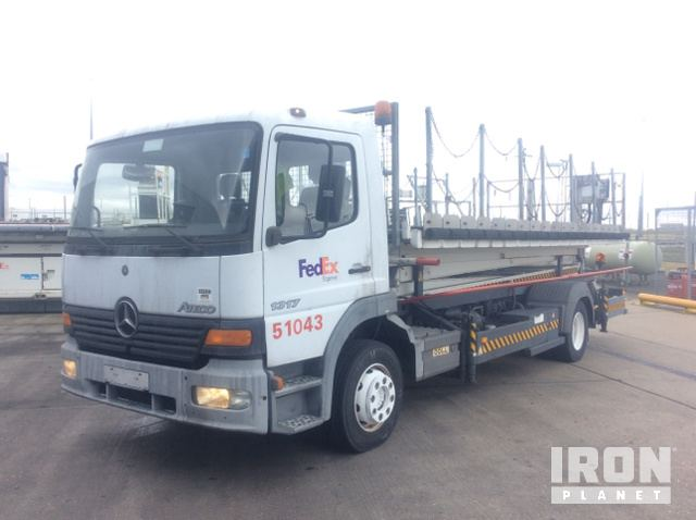 Mercedes Benz Atego 1317 C/w Doll Maintenance lift in