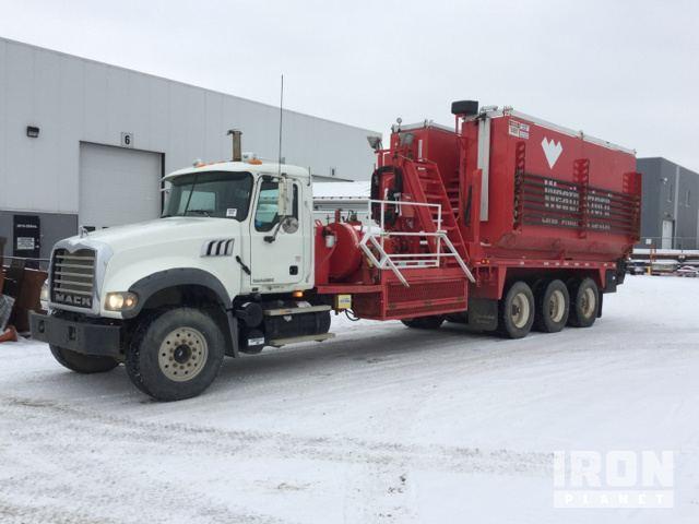 2007 Mack CTP713 Tri/A Frac Pump Truck in Edmonton, Alberta