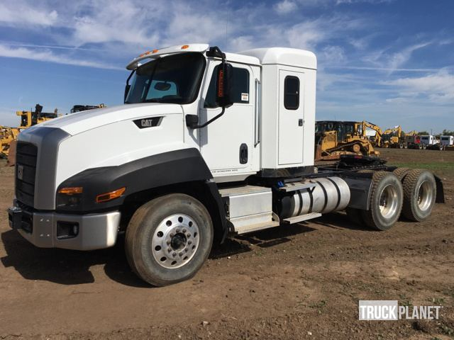 2015 Cat CT660 T/A Sleeper Truck Tractor in Park City, Kansas ...