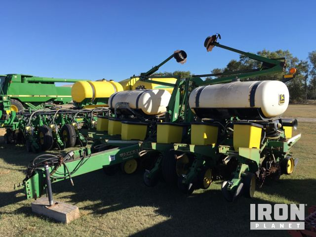 John Deere 1760 Planter In Ness City Kansas United States